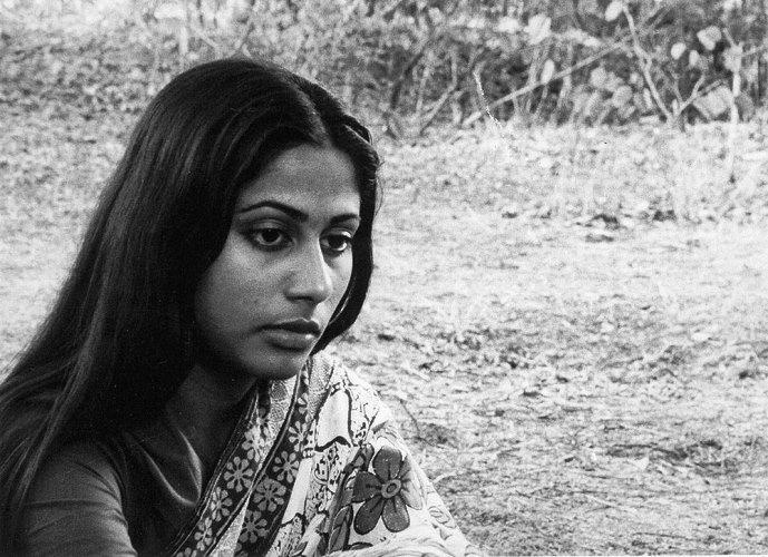 Arun Khopkar's Teevra Madhyam (1974).