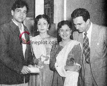 bharat-bhushan-meena-kumari-at-premiere-of-baiju-bawra-1952